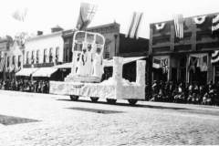 centennial-parade-eastern-star-float2-1924