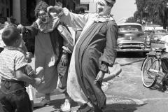 shrine-parade-clowns2-1953